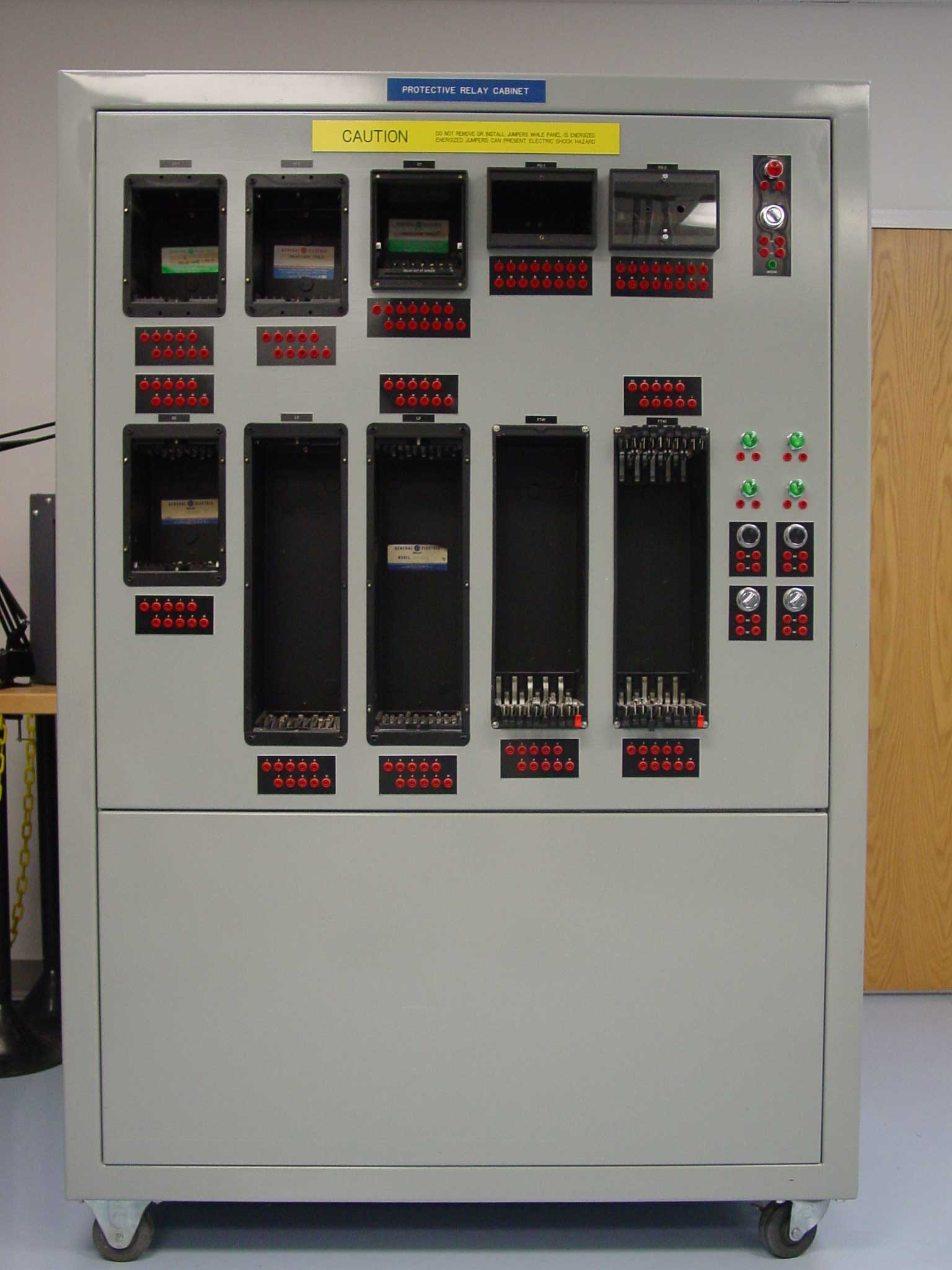 Genassis Electrical 600v Breaker Wiring Diagrams Power Circuit A Less Expensive Alternative Would Be To Insert Faulty Components Into The Relays Panel Can Supplied With Just Cases Or W